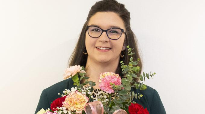 Ohio's Hospice Staffer Receives Carnation Award